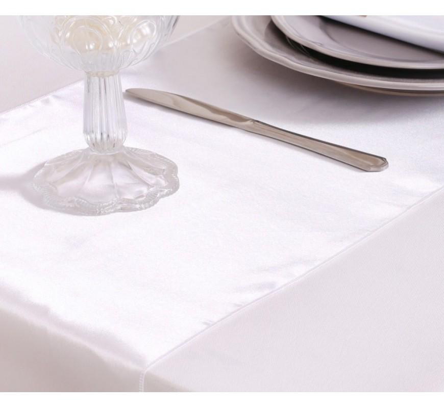 chemin de table satin blanc les couleurs du mariage. Black Bedroom Furniture Sets. Home Design Ideas