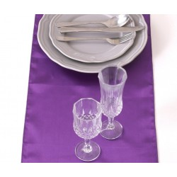 Chemin de table satin violet