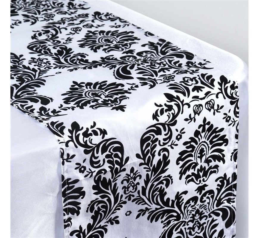 chemin de table baroque noir et blanc les couleurs du. Black Bedroom Furniture Sets. Home Design Ideas