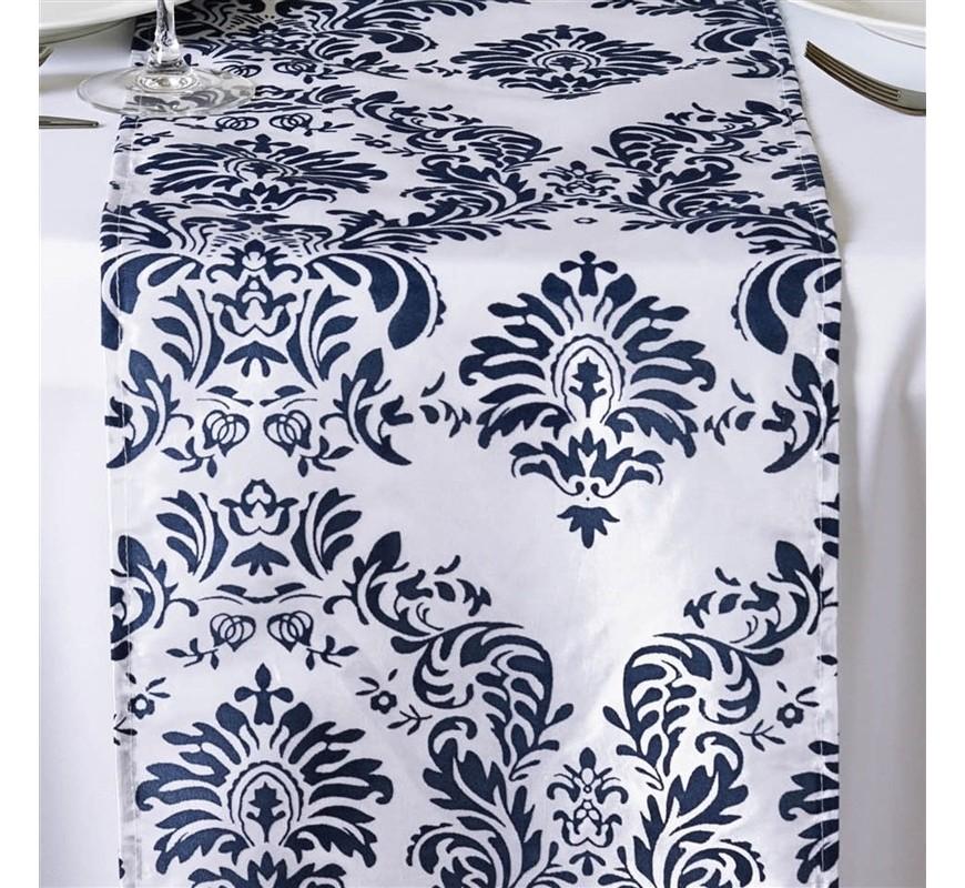 Chemin de table baroque bleu marine et blanc les for Deco bleu marine et blanc