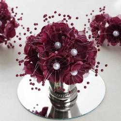 Bouquet de fleurs en tissu bordeaux