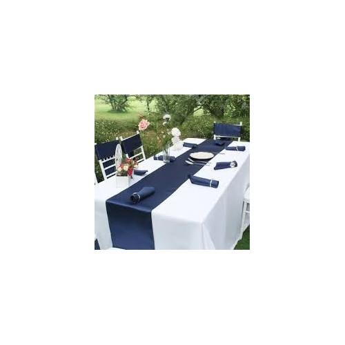 chemin de table mariage satin bleu marine les couleurs du mariage mariage et r ception. Black Bedroom Furniture Sets. Home Design Ideas