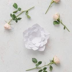 Fleurs mariage en papier