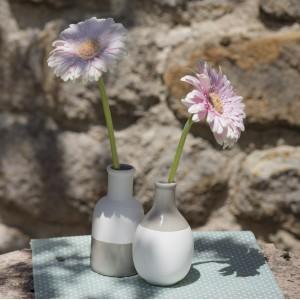 2 vases scandinaves gris et blanc