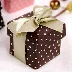 Boite à dragées chocolat à pois par 10