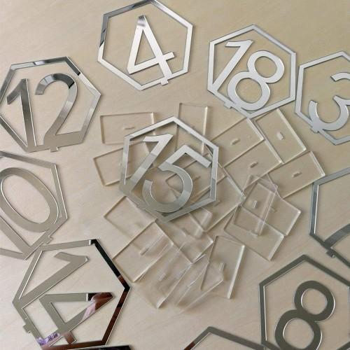 Numéro de table hexagonal en plexi par10
