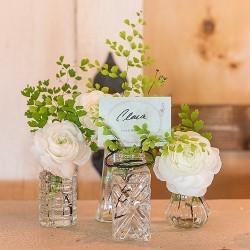 Assortiment de 4 petits vases