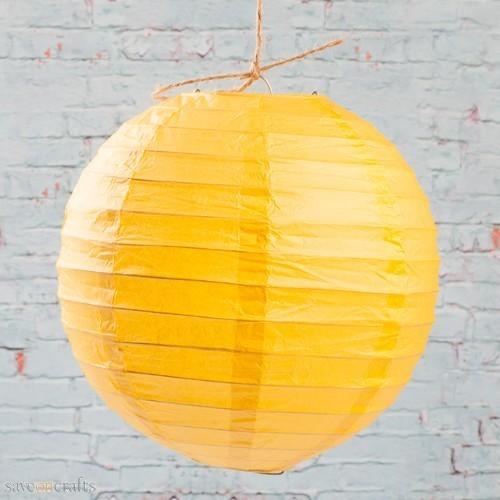 Lanterne en papier jaune