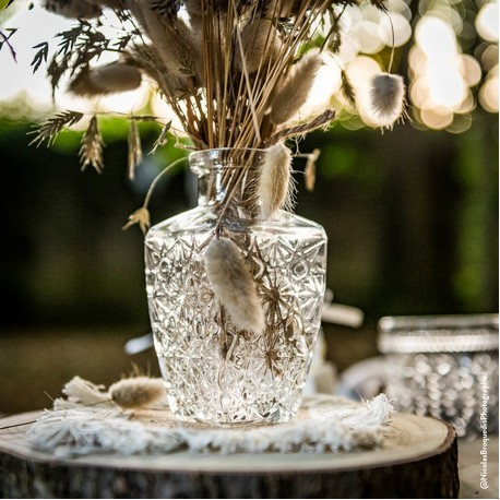 Vase sculpté brocante