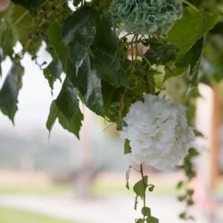 Boule de fleurs blanches