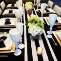 Chemin de table rayé noir et blanc