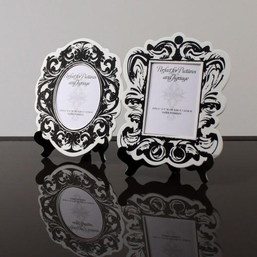 Cadre baroque noir et blanc