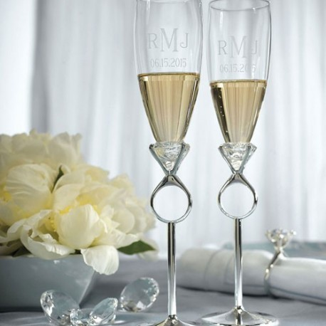 flutes champagne diamant les couleurs du mariage mariage et r ception. Black Bedroom Furniture Sets. Home Design Ideas