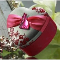 Boite à dragées coeur mariés rose