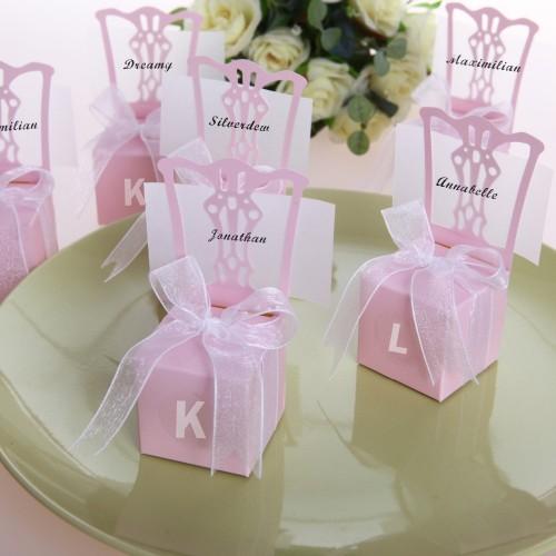 Boite à dragées chaise rose