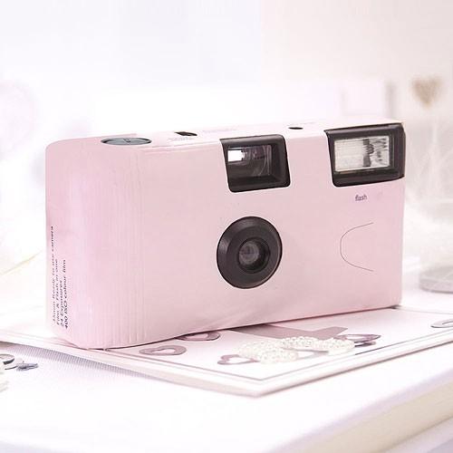 appareil photo jetable rose pastel les couleurs du. Black Bedroom Furniture Sets. Home Design Ideas