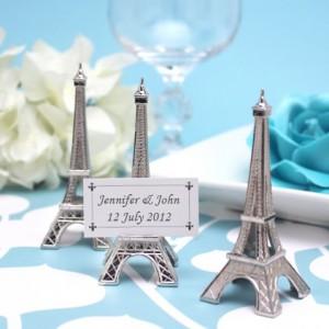 Marque place Tour Eiffel Paris
