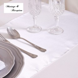 Chemin de table satin blanc