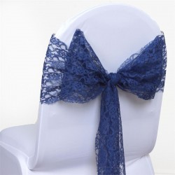 Noeud de chaise en dentelle bleu marine