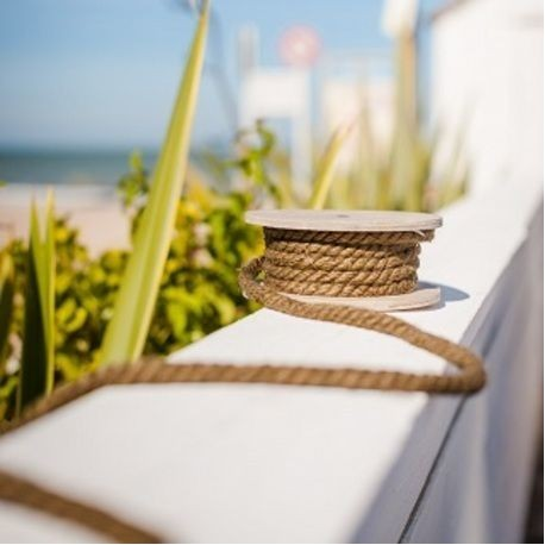 corde marine sur bobine en bois les couleurs du mariage mariage et r ception. Black Bedroom Furniture Sets. Home Design Ideas