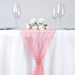Chemin de table en dentelle rose quartz