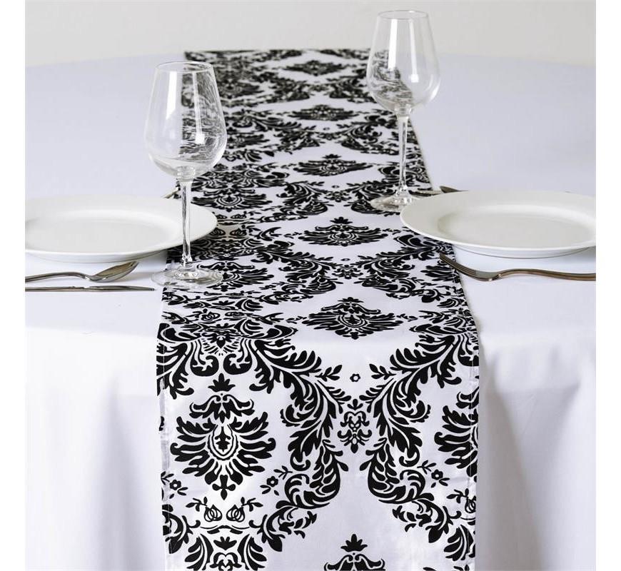 chemin de table baroque noir et blanc les couleurs du. Black Bedroom Furniture Sets. Home Design Ideas