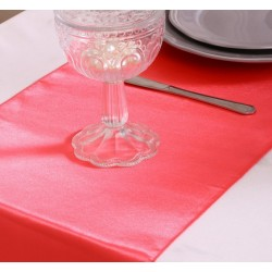 Chemin de table satin corail