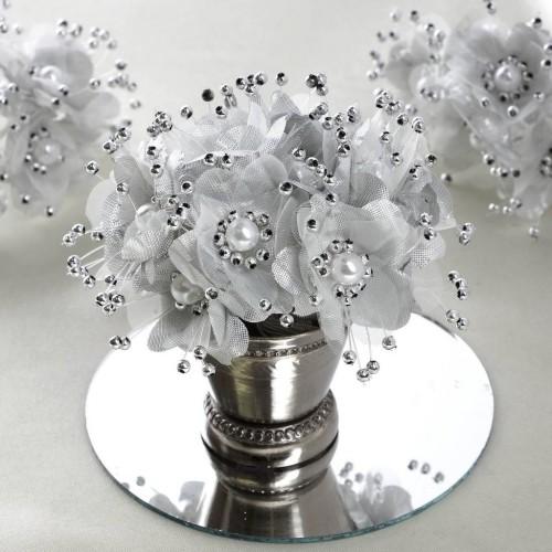 Bouquet de fleurs en tissu argent