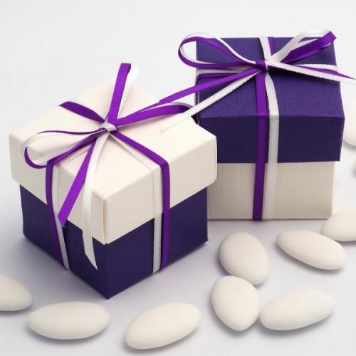 Boite à dragées violet et blanc ( par 10)