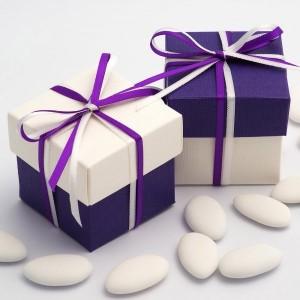 Boite à dragées violet et blanc par 10